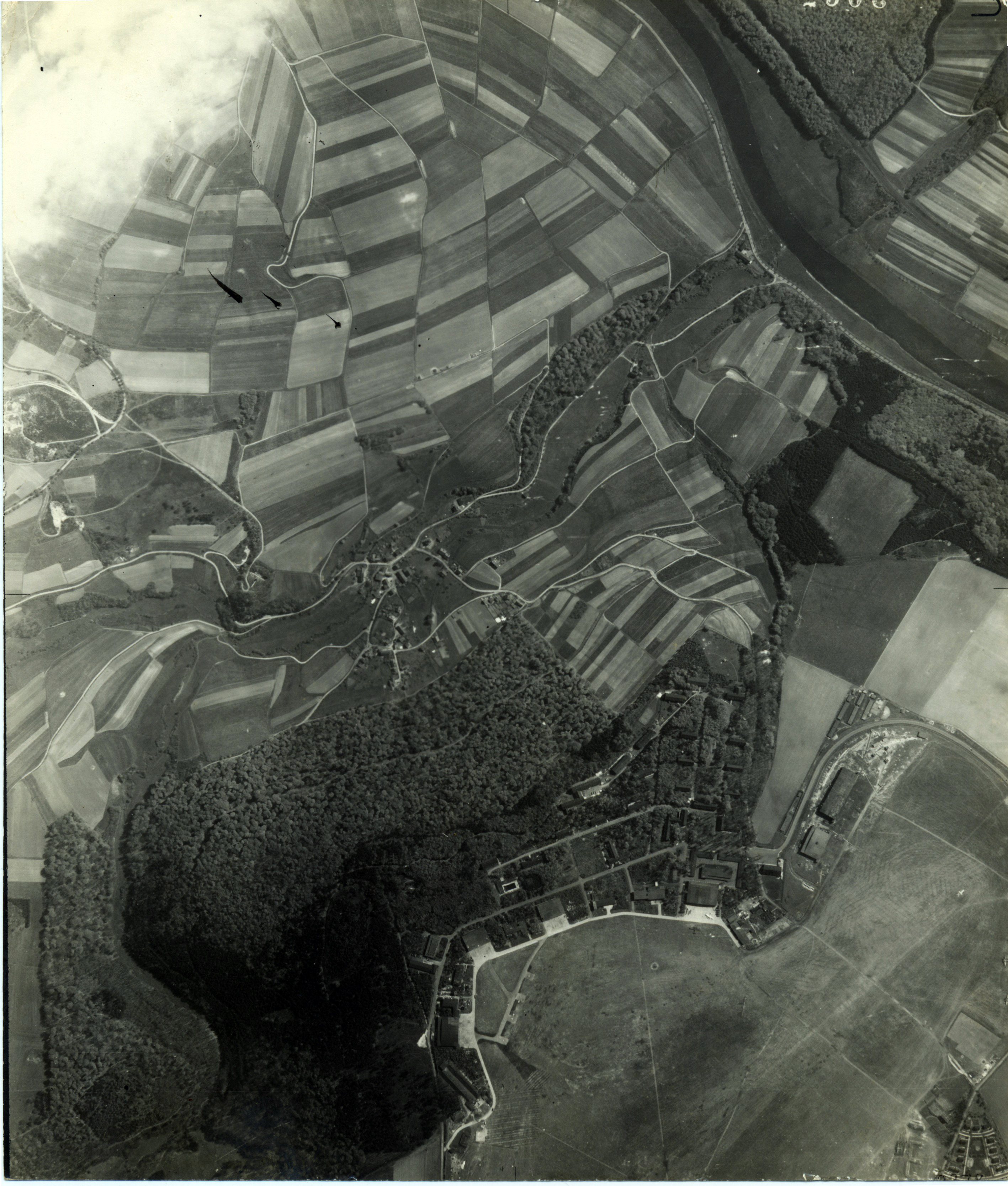 USAAAF 7PG22FS aerial recon photo to Kassel Rothwesten Airfield May 9 1944 01