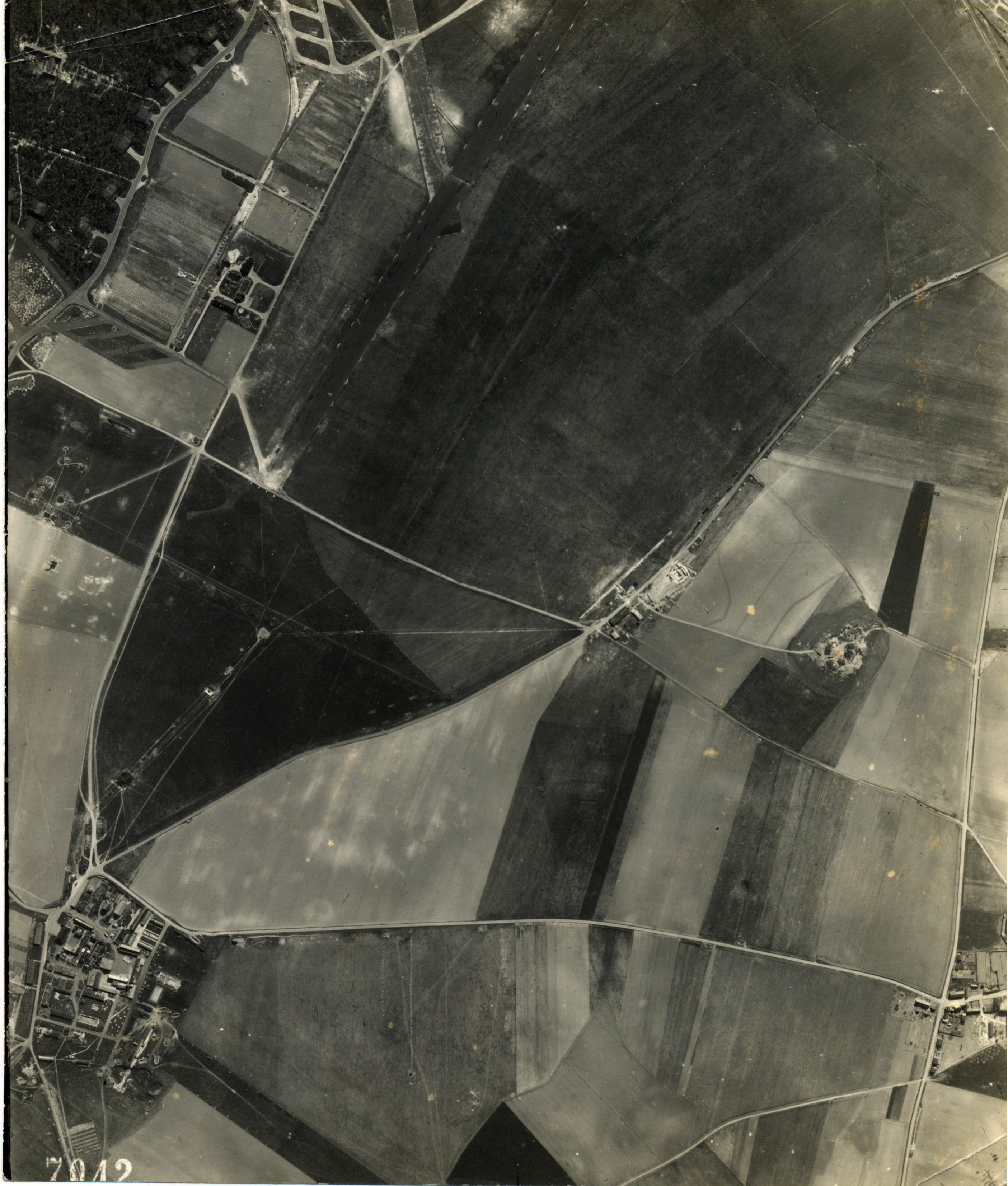 USAAAF 7PG22FS aerial recon photo to Luftwaffe Airfield Laon Athies April 23 1944 01