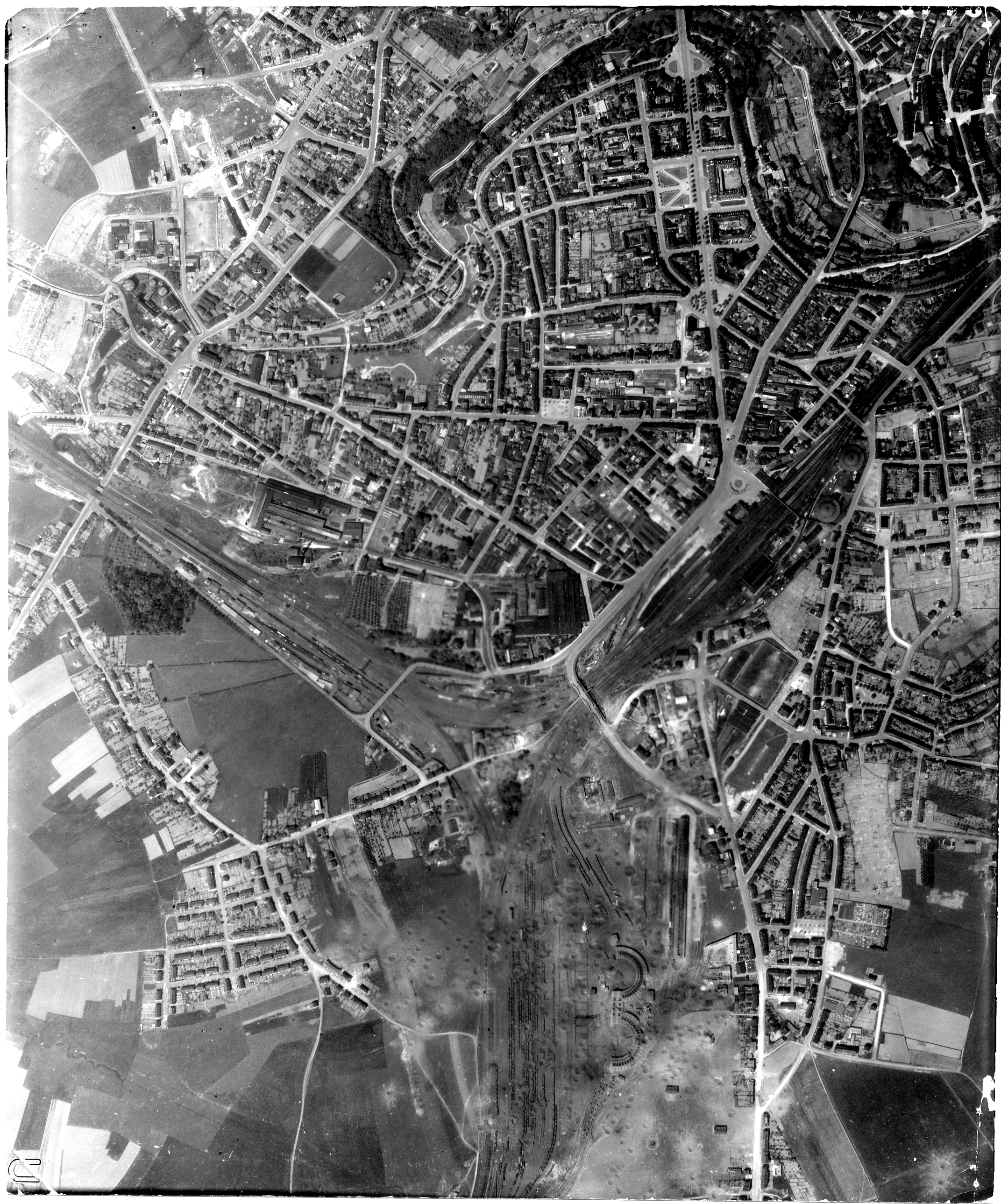 USAAAF 7PG22FS aerial recon photo to Luxembourg May 12 1944 01