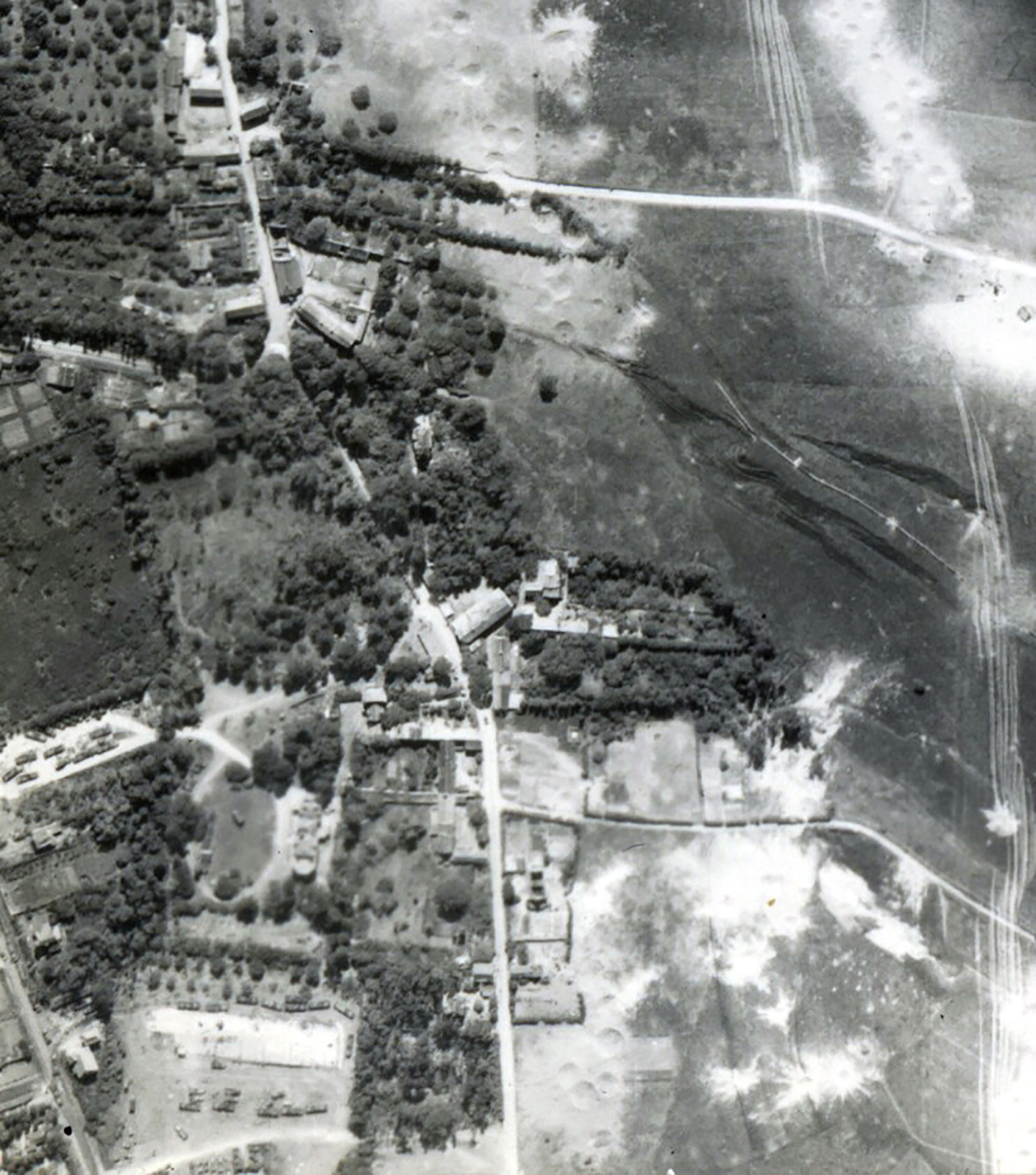 USAAAF 7PG22FS aerial recon photo to Vehicles Juno Beach area France June 12 1944 01