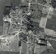 Asisbiz USAAAF 7PG22FS aerial recon photo to Barrage Balloons Juno Beach area France June 12 1944 02