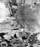 Asisbiz USAAAF 7PG22FS aerial recon photo to Stendal Airfield Germany August 6 1944 01