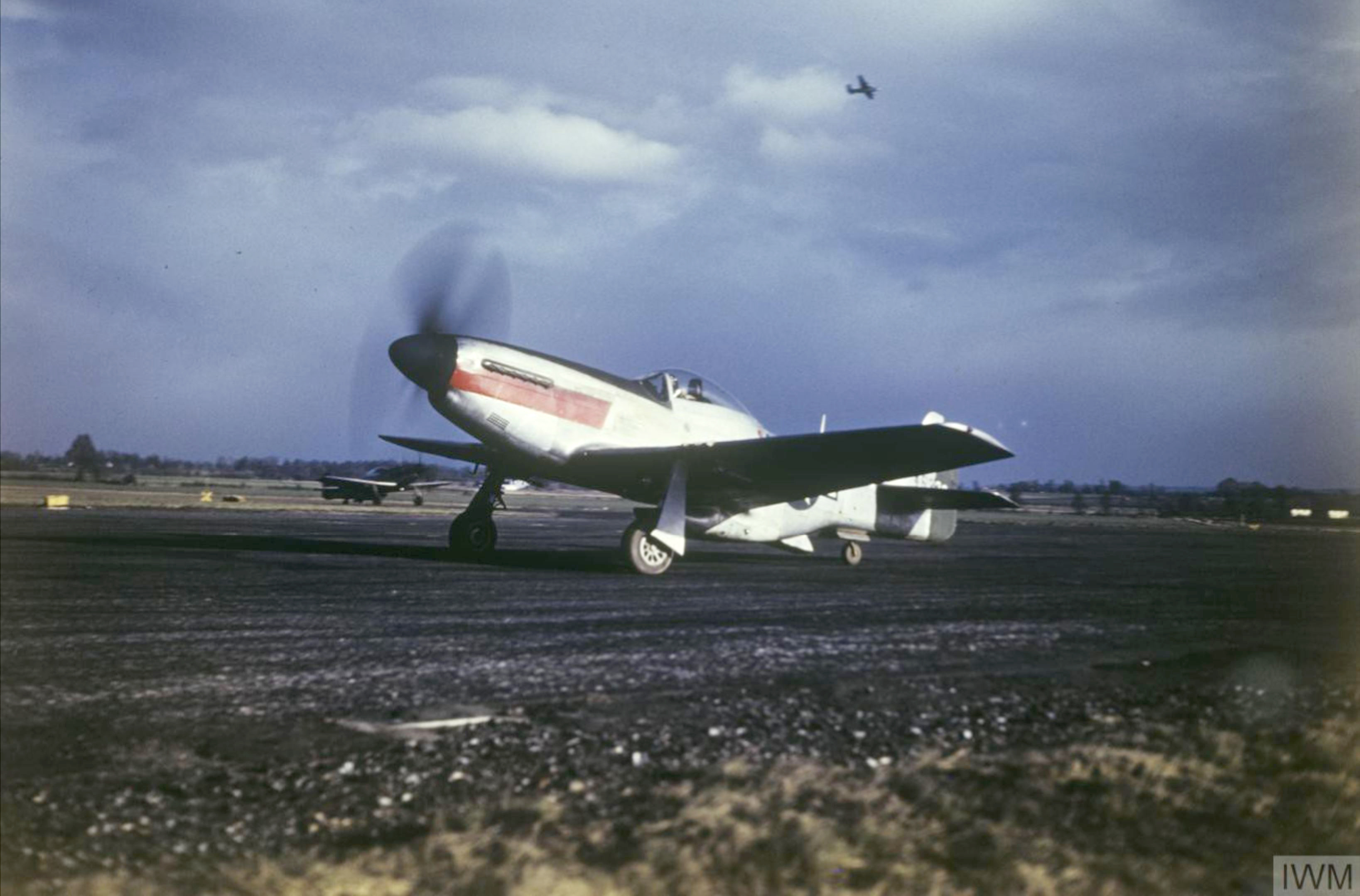 P 51D Mustang USAAF 7PG27PS taxing Mount Farm IWM FRE5406