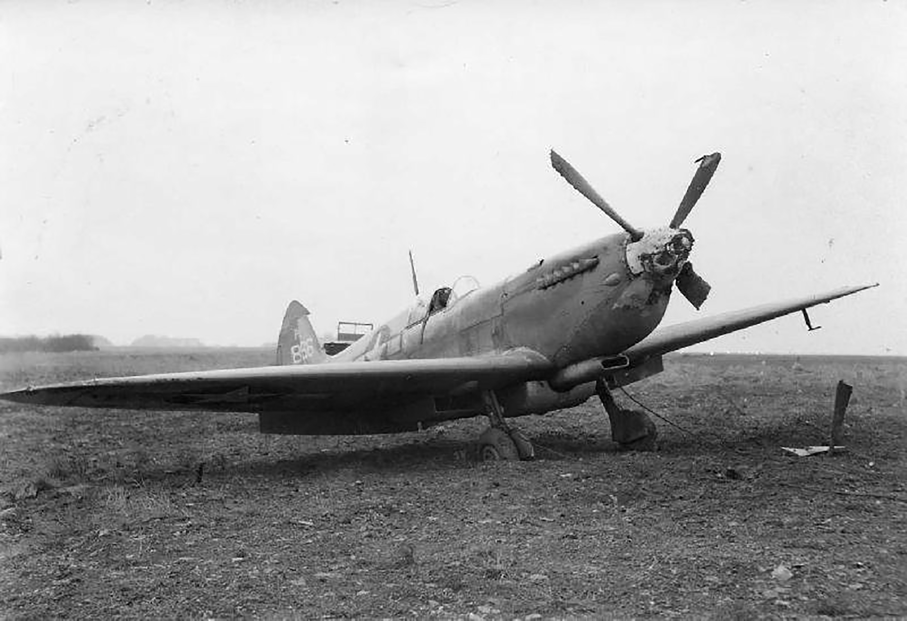 Spitfire PRXI USAAF 7PG14PS Irving L Rawlings PL866 Kings Cliffe Jan 15 1945 01