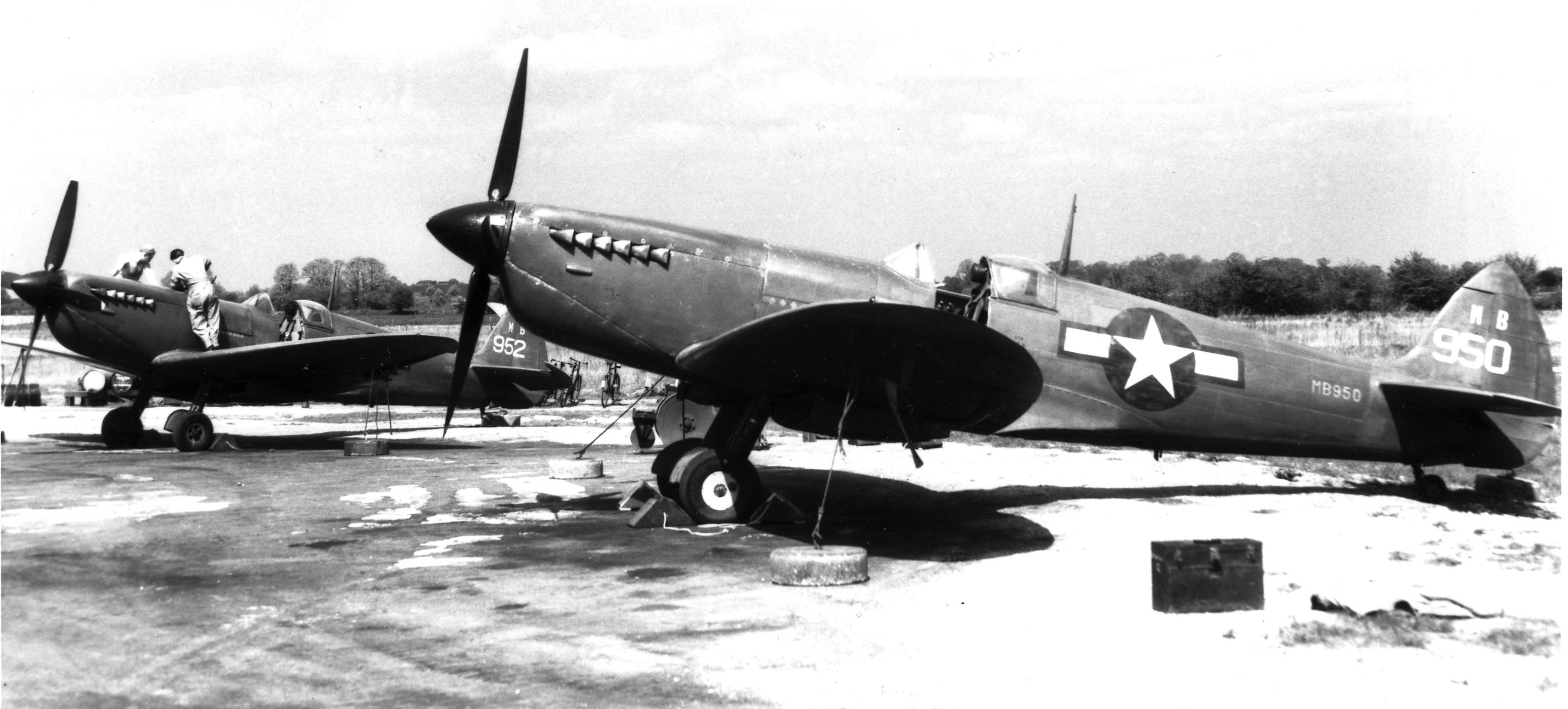 Spitfire PRXIT USAAF 7PRG14PS MB950 Oxfordshire 1944 01