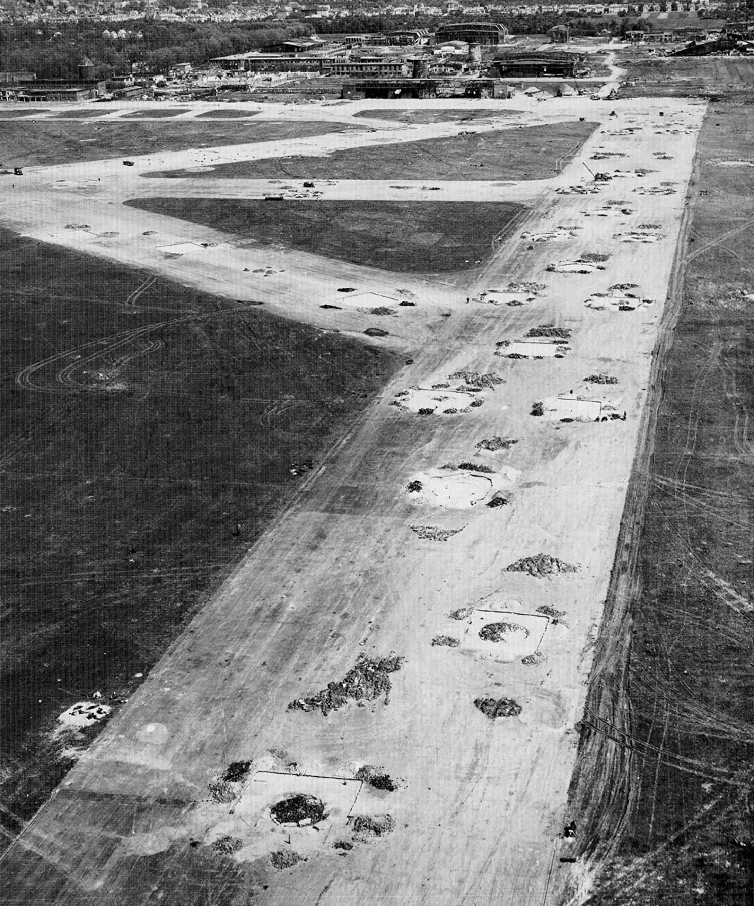 USAAAF 7PG aerial recon photo to Bremen 01