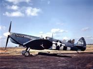 Asisbiz Spitfire PRXIT USAAF 7PG14PS PA944 Mount Farm Oxfordshire 1944 01