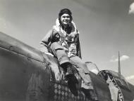 Asisbiz Spitfire PRXIT USAAF 7PRG Gerald Glaza Oh Johnnie MB948 England 1944 01