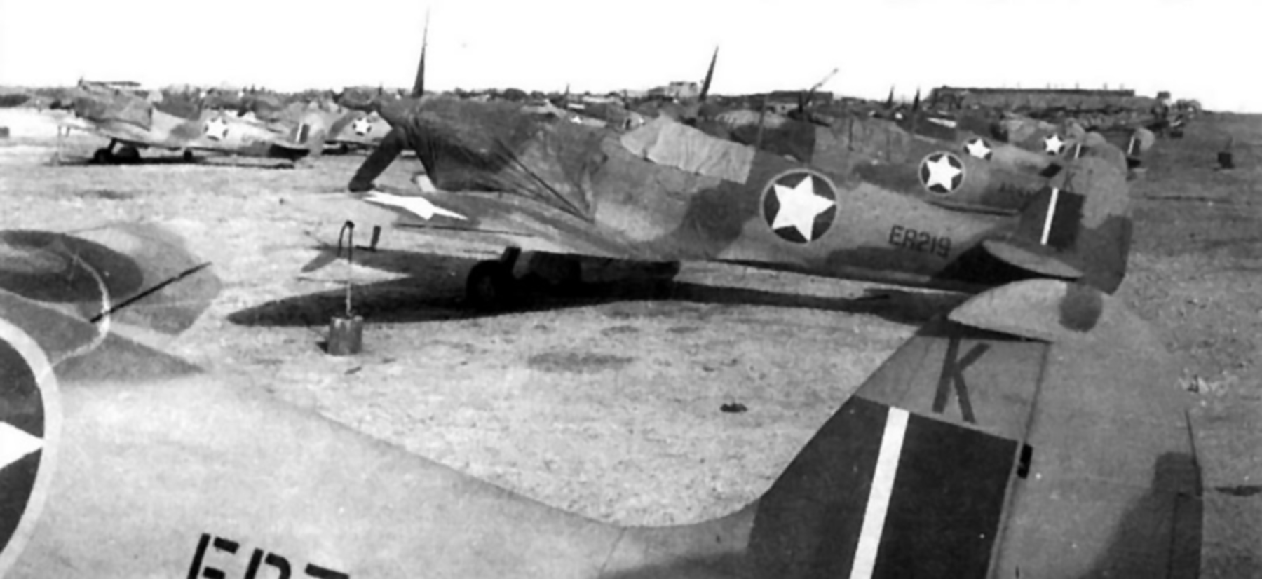 Spitfire MkVbTrop USAAF ER219 01