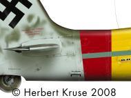 Asisbiz Focke Wulf Ta 152H1 Stab JG301 Green 4 Walter Loos WNr 150010 Germany 1945 0C