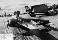 Asisbiz FM 2 Wildcat VC 93 White 7 landing mishap CVE 80 USS Petrof Bay 16th Apr 1945 01