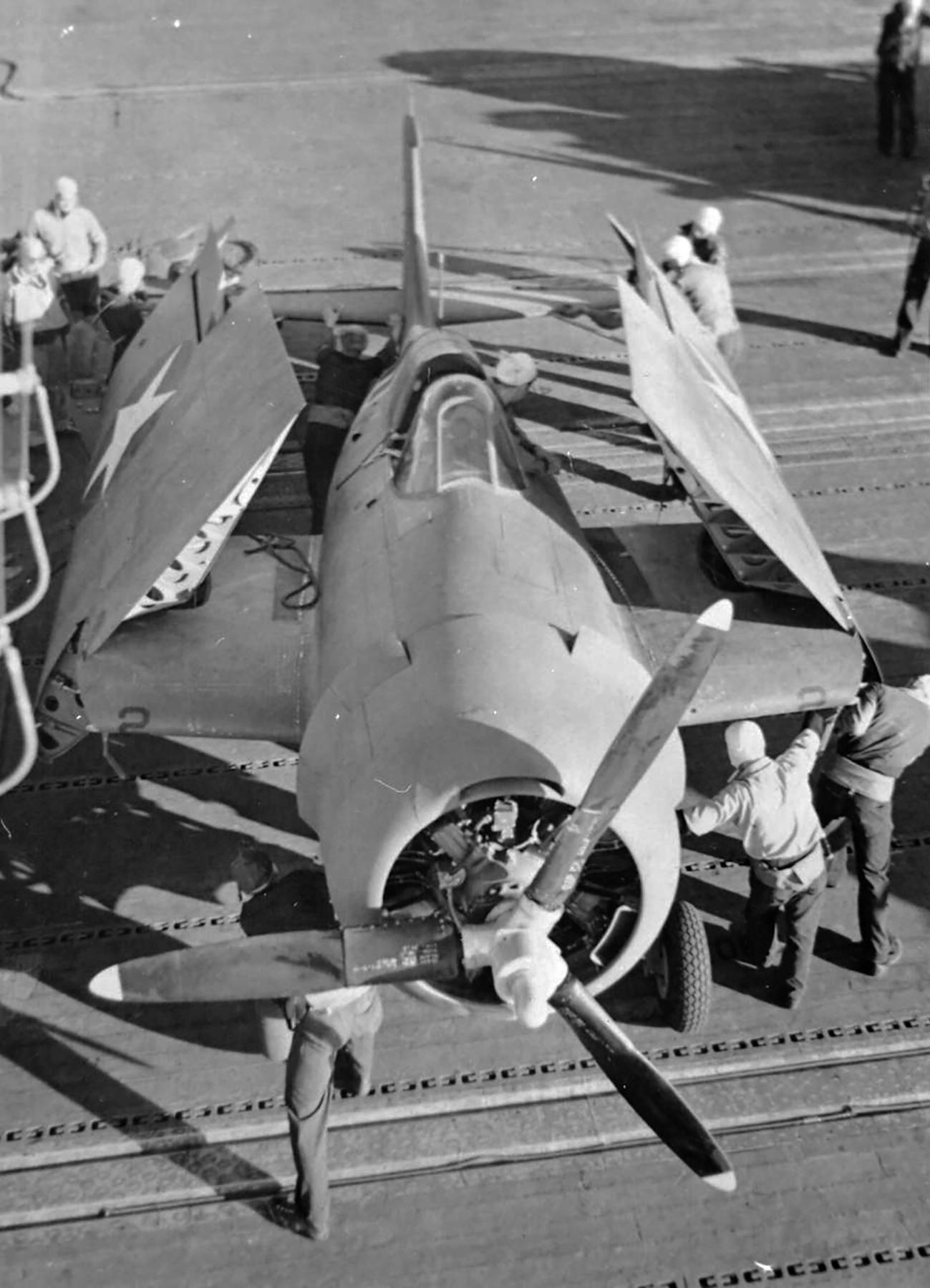 Grumman F4F 4 Wildcat VF 9 Black 9F2 CV 4 USS Ranger Oct 1942 01