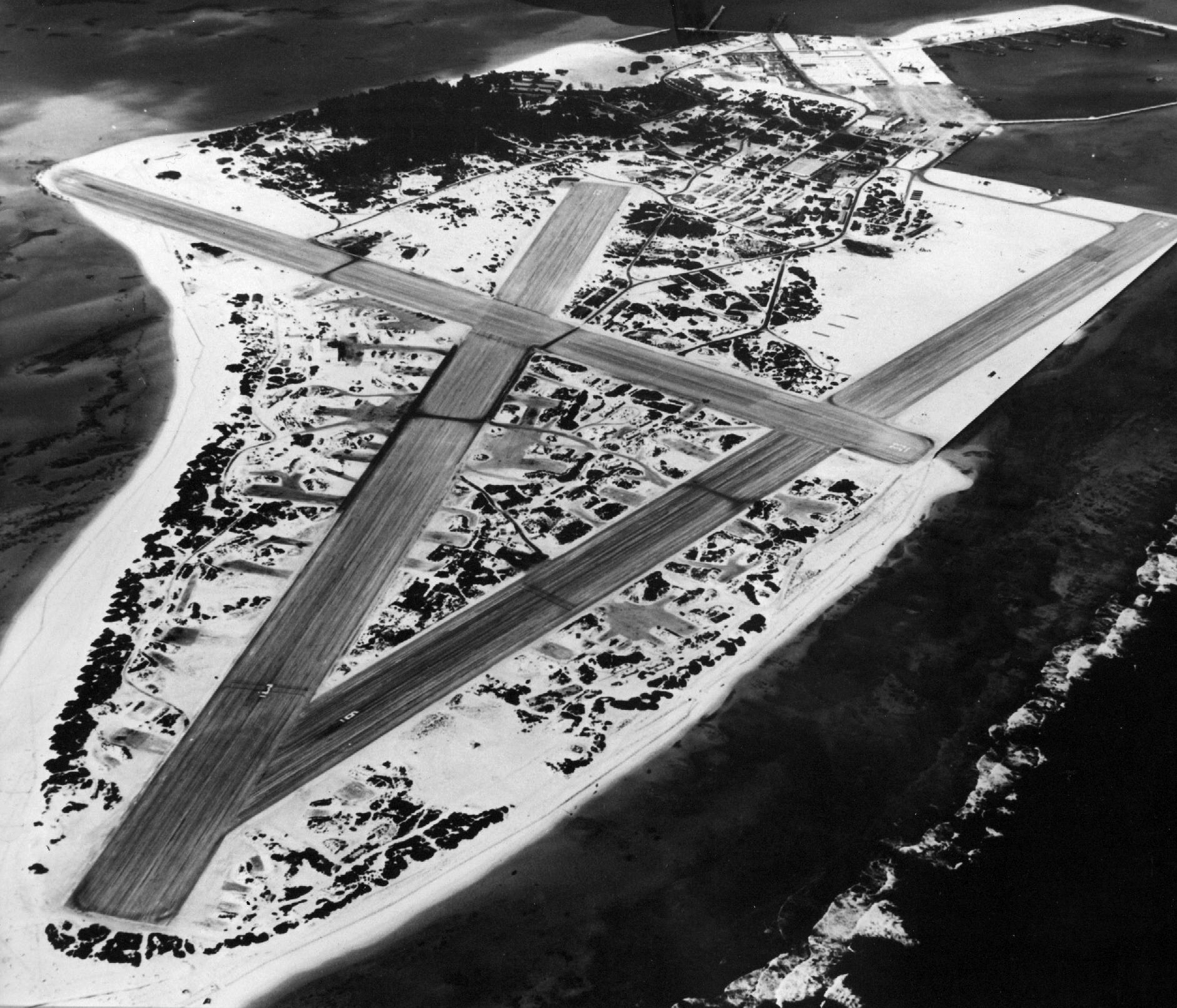 Airbase Naval Air Station Midway aerial photo 1945 02