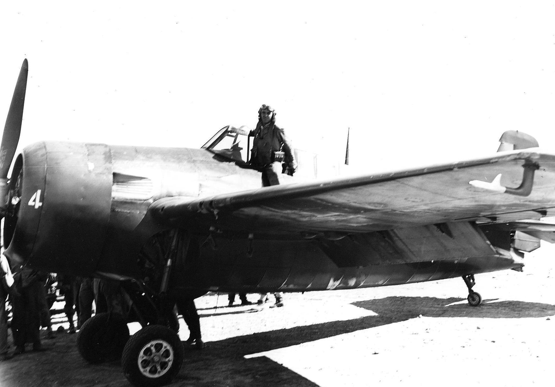 FM 2 Wildcat VC 76 White 4 LTJG Noah P Butt Jr first Wildcat to land on Motayama airfield 1 on Iwo Jima Mar 1945 01
