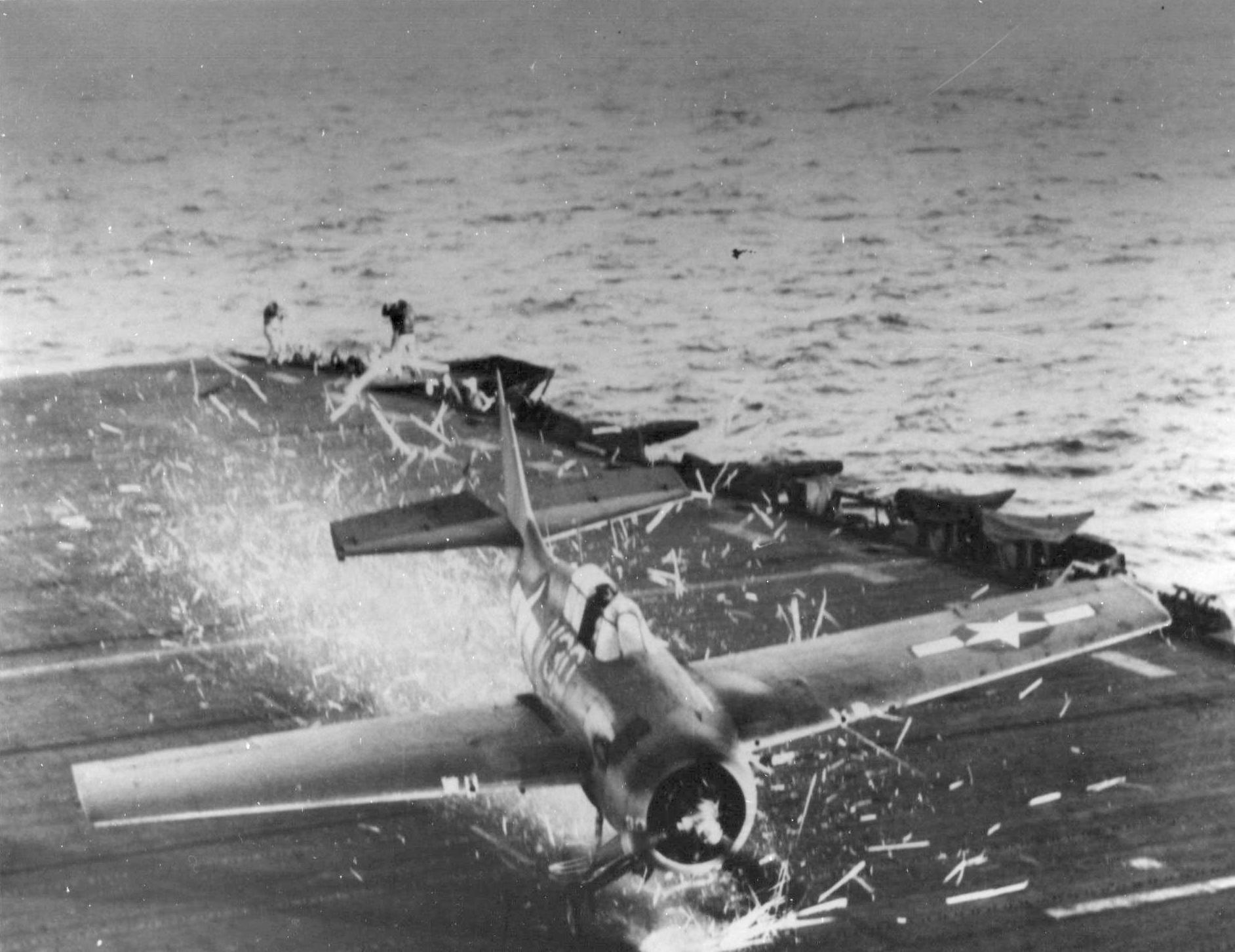 FM 2 Wildcat White 30 landing mishap 01
