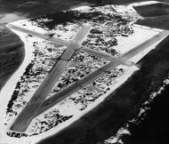Asisbiz Airbase Naval Air Station Midway aerial photo 1945 02