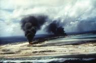 Asisbiz Airbase Wake Island under attack Oct 1943 01