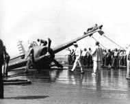 Asisbiz Grumman F4F 3 Wildcat landing mishap possibly VF 6 20th Aug 1942 01