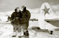 Asisbiz Yakovlev Yak 1B 586IAP 318IAK Red 15 female pilots Saratov region 1943 02