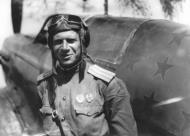 Asisbiz Yakovlev Yak 7B 33IAP with Maj Gennadii M Yakhnov late 1943 01