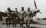 Asisbiz Yakovlev Yak 7B 3IAK White 32 and White 18 when Evgenii Savitskii took over in Sep 1943 01