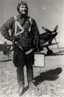 Asisbiz Yakovlev Yak 7B 4IAP White 28 with Lt Vladimir D Lavrinenkov Stalingrad Oct 1942 01