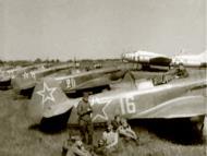 Asisbiz Yakovlev Yak 9D 802IAP 310IAD White 16 and 20 Poltava Kharkiv air defense 1944 02