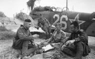 Asisbiz Yakovlev Yak 9T 265IAP 336IAD White 26 Belorussian Front Aug 1944 01