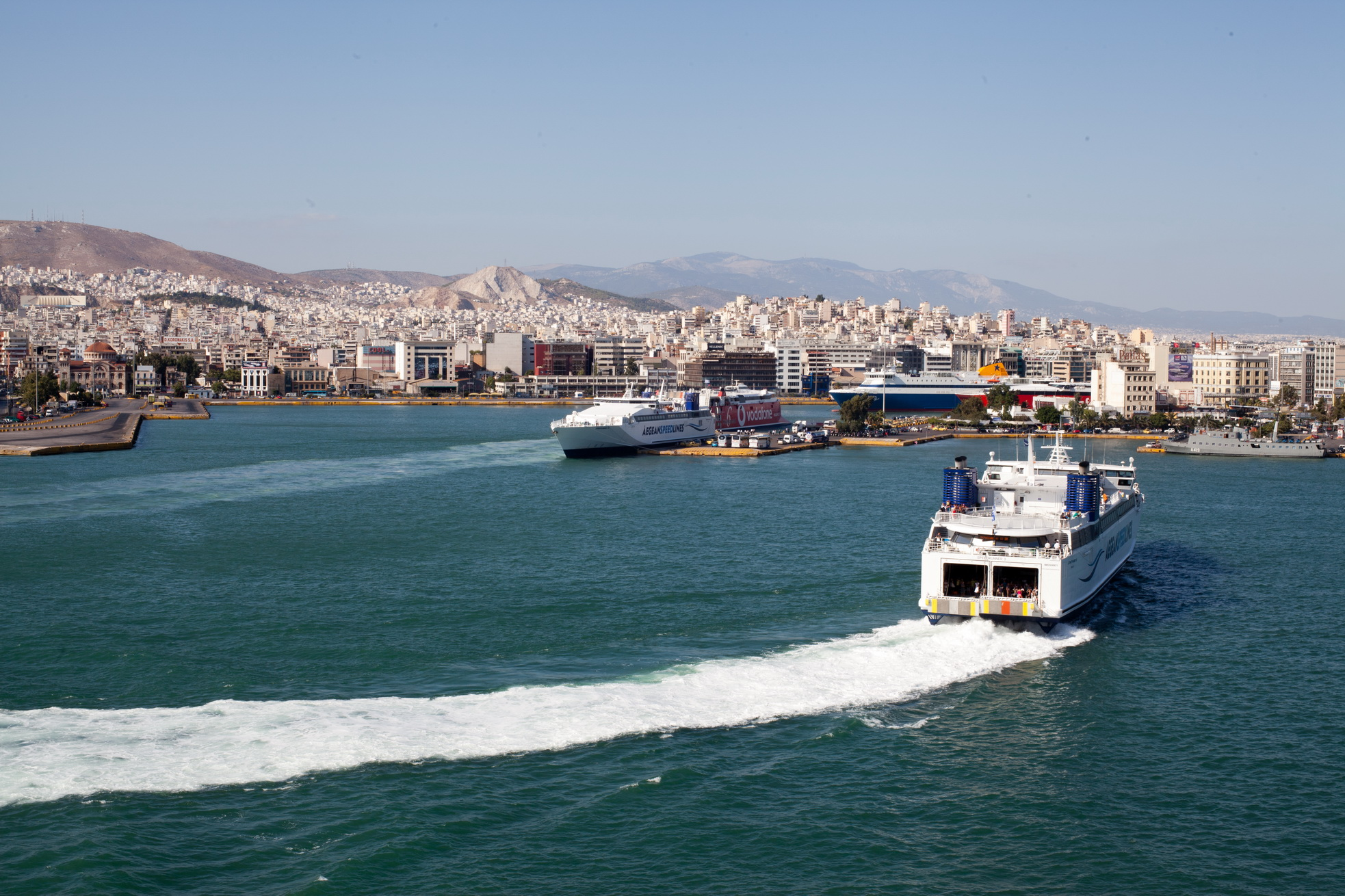 MS Speedrunner III IMO 9141871 Aegean Speed Lines entering Piraeus Port of Athens Greece 04