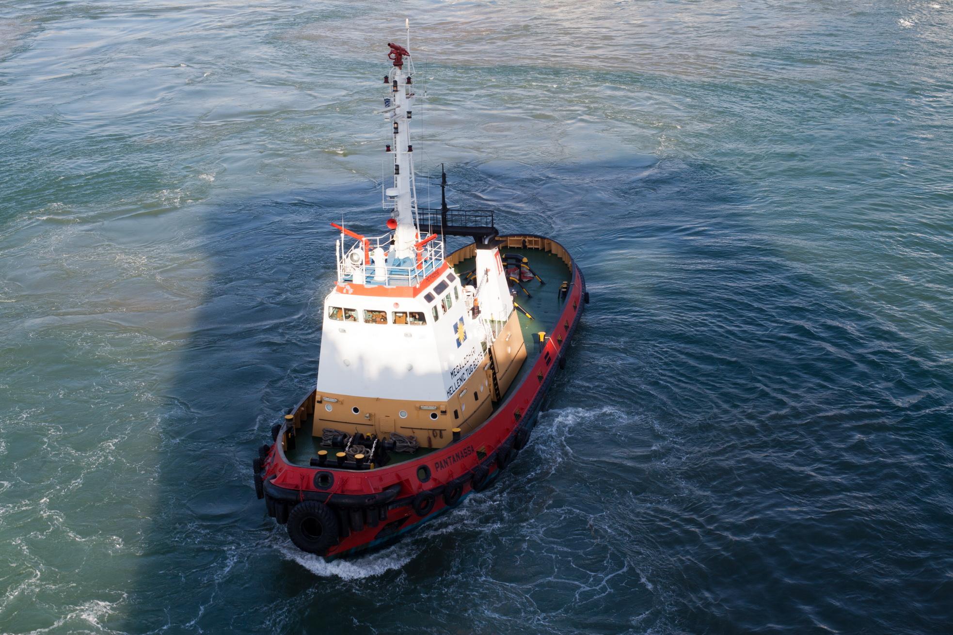 Tugboat Pantanassa IMO 7400936 Megalochari Hellenic Pireas Port of Athens Greece 05