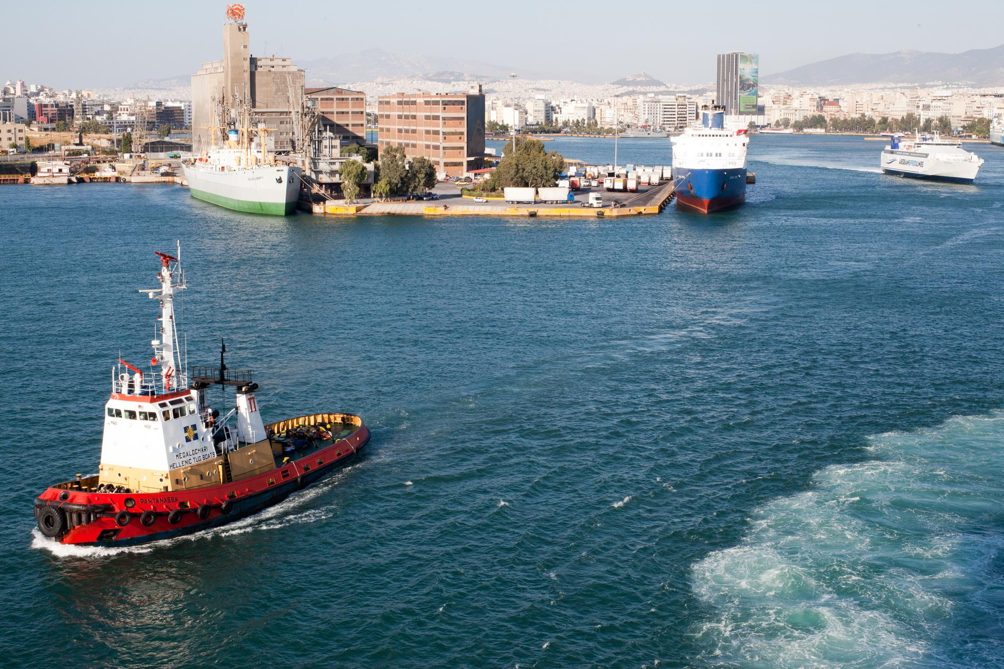 Tugboat Pantanassa IMO 7400936 Megalochari Hellenic Pireas Port of Athens Greece 13