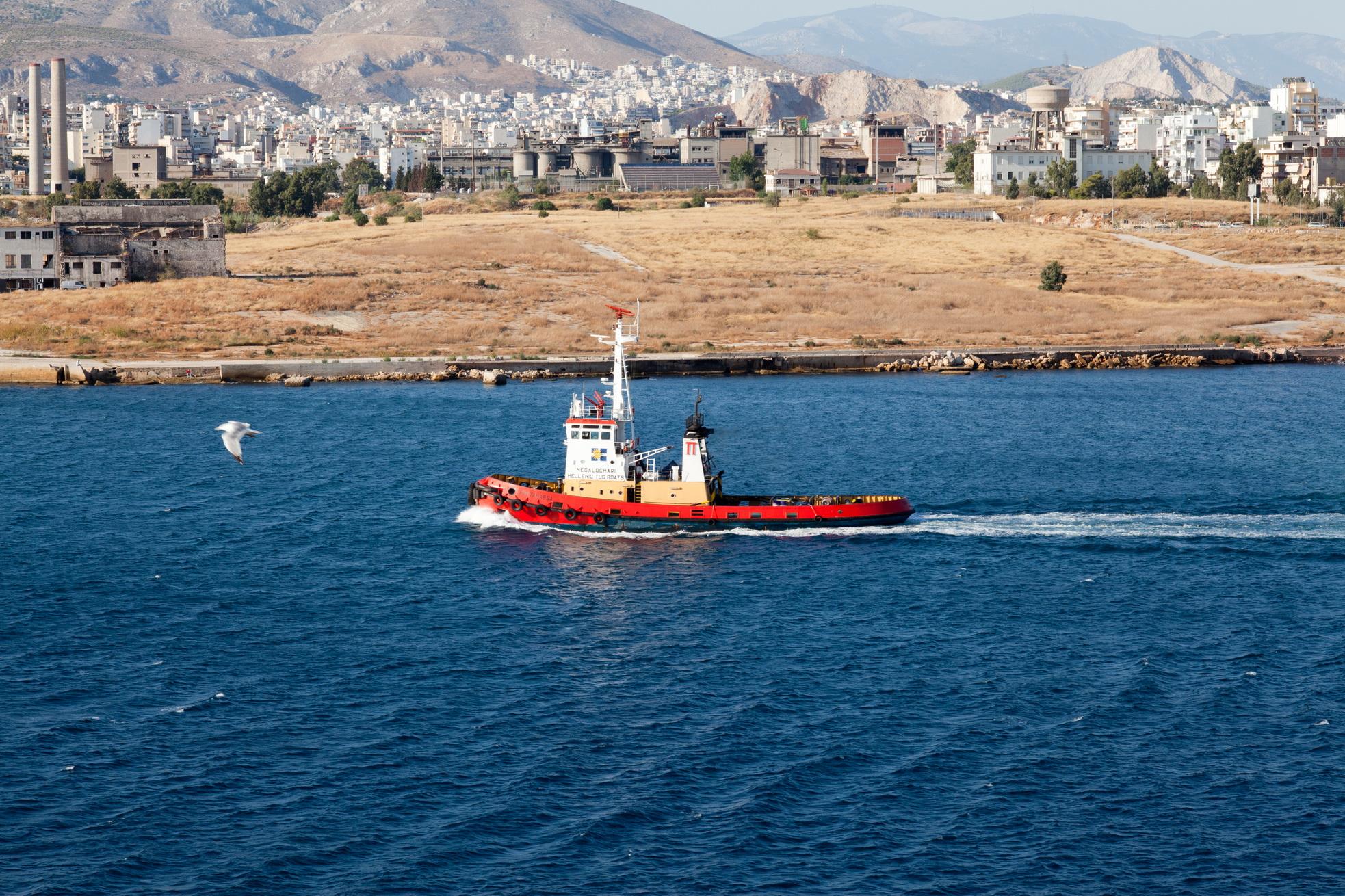 Tugboat Pantanassa IMO 7400936 Megalochari Hellenic Pireas Port of Athens Greece 18