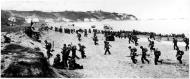 Asisbiz Operation Torch troops hit the beaches